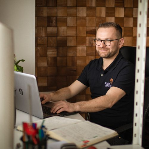 Maciej-Pietruszka-wlasciciel-grzejemnieto